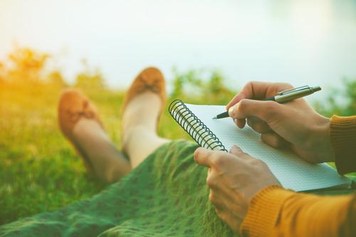 למה הכתיבה משחררת?