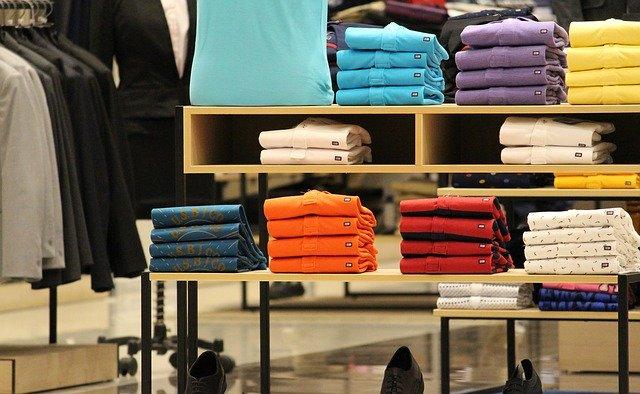 קניית בגדים למשפחה