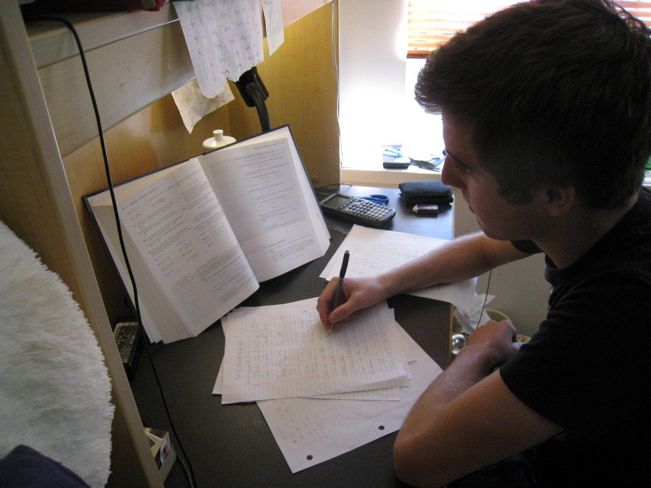 כתיבת עבודה סמינריונית